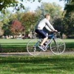 自転車のタイヤ交換は自分でも可能なの?取り換え方法と3つの注意点